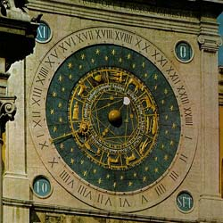 The Padua clock resemble the 1344 original